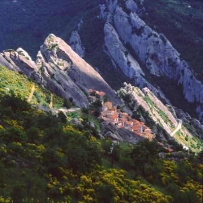 Wandern in der Basilikata: Castelmezzano in den Lukaner Dolomiten
