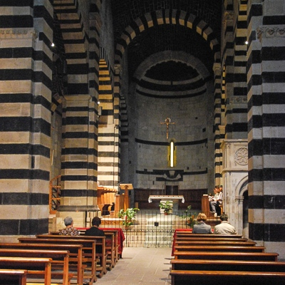 Italien wandern und wundern: Romanische Kathedralenn