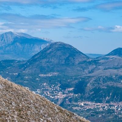 Wanderreise durch Basilikata: Monte Papa im Horizont