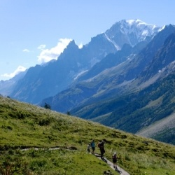 Panorama-Wanderung in Val Ferre: Mont Blanc Massiv